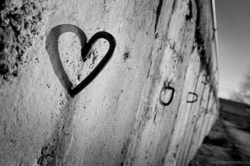 http://saharsite.persiangig.com/image/wall-love.jpg